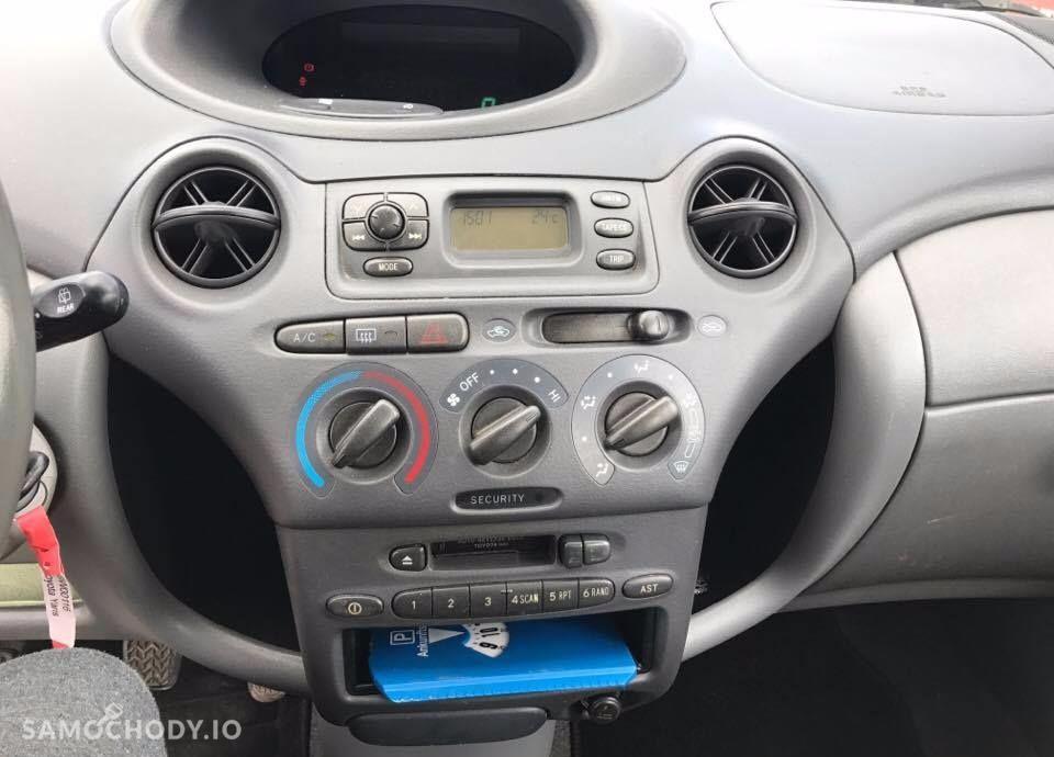 Toyota Yaris 1,0 68 KM benzyna 179tys KM przebiegu Klimatyzacja 5 drzwi Alufelgi 92