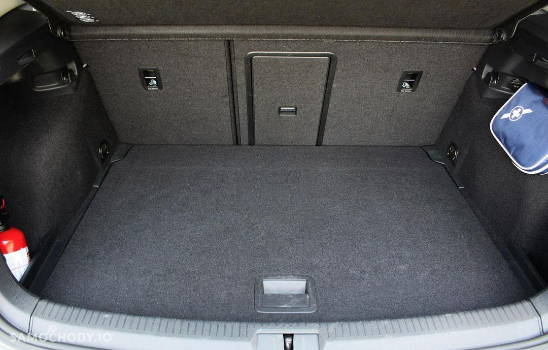 Volkswagen Golf Comfortline 1.2 TSI 105 KM 6-G 2015 rok. 29