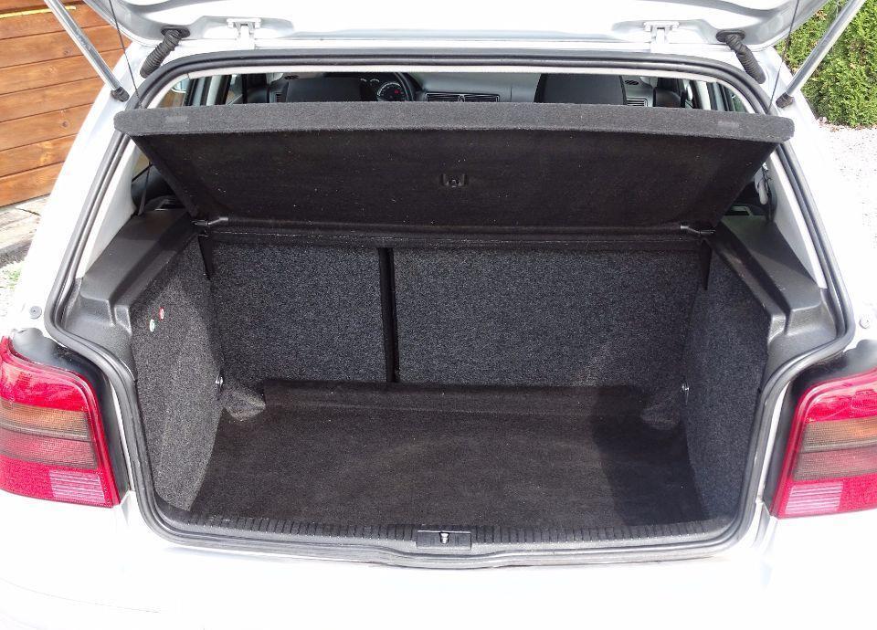 Volkswagen Golf 1,9 TDI///105 KM///Klima///Elektr///Alu///Ks. Serwis///Zamiana 29