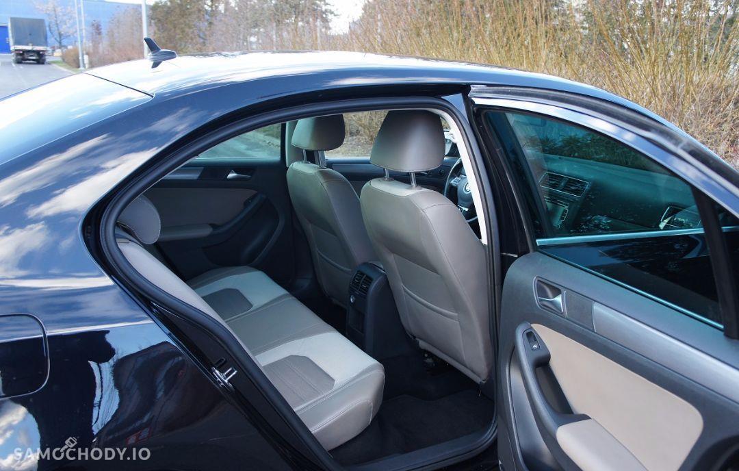 Volkswagen Jetta 2.0TDI 140KM DSG highline salonPL serwis VAT23 29