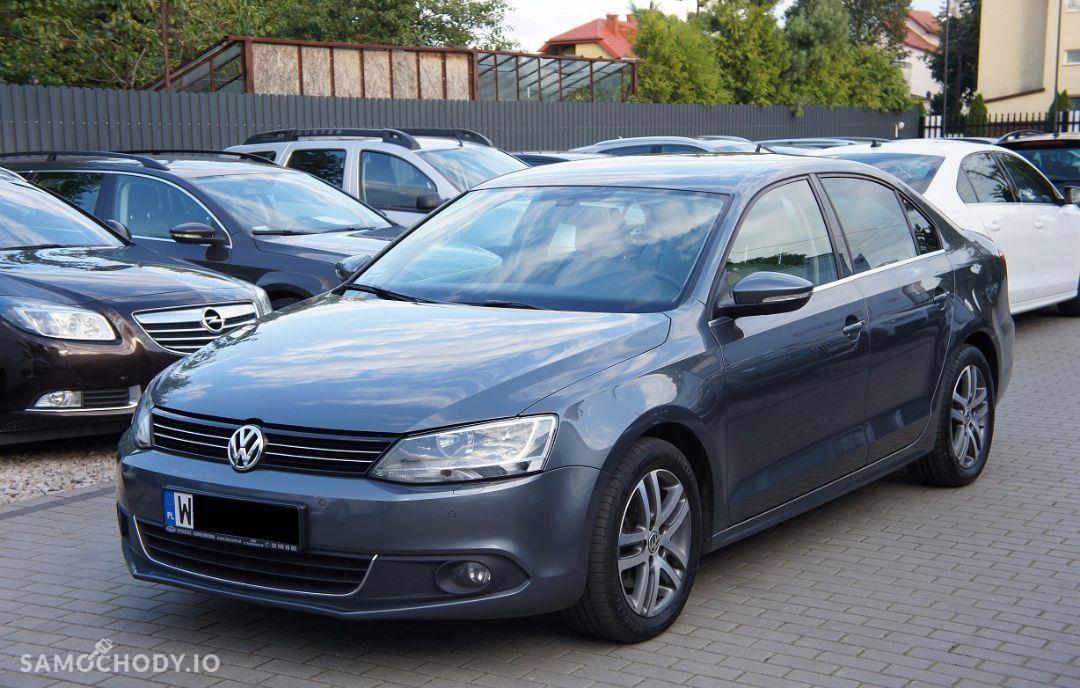Volkswagen Jetta 2.0TDI 140KM DSG highline salonPL serwis VAT23% 1