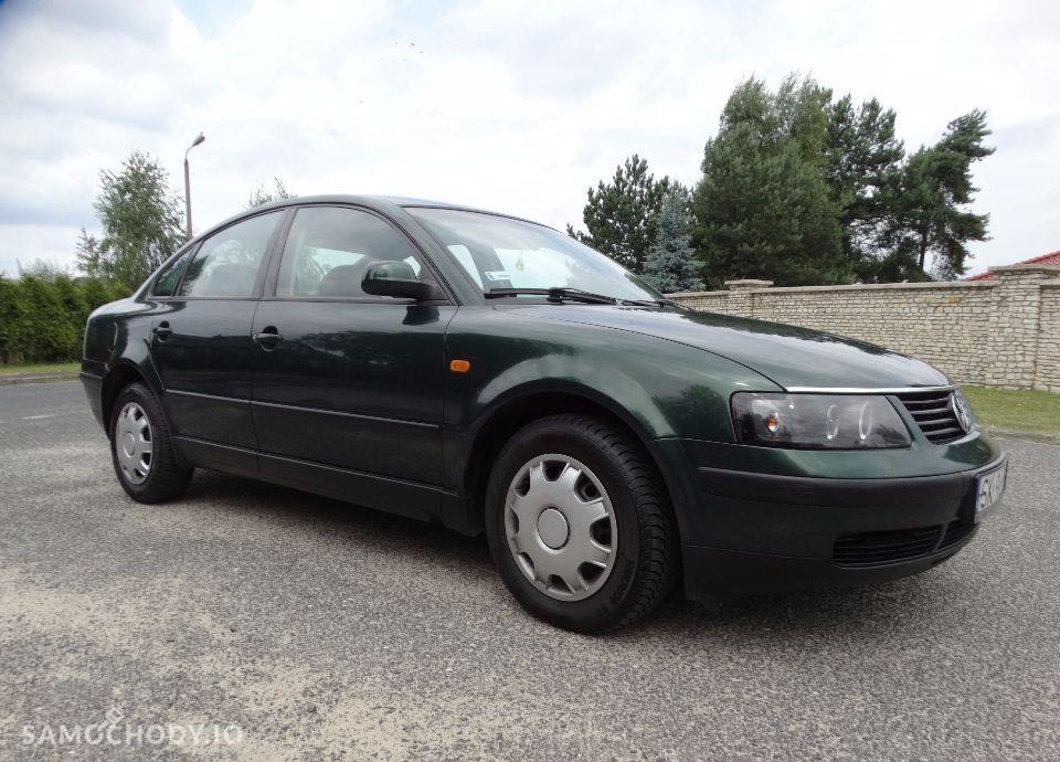 Volkswagen Passat 1.9 TDI sedan klimatronik bardzo ładny 20 tyś temu wymieniony rozrząd 56