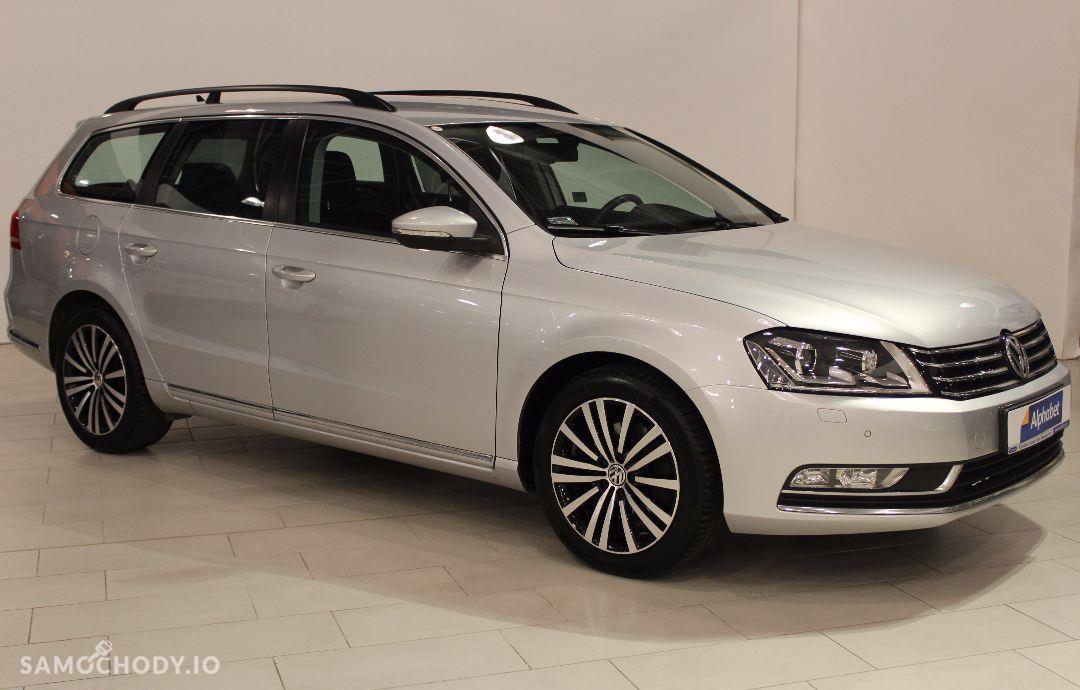 Volkswagen Passat 2.0 TDI ComfortLine DSG 140KM Ksenon Navi SalonPL ASO FV23% 1