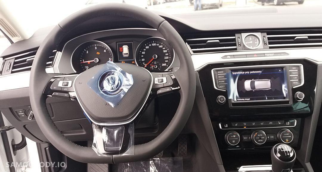 Volkswagen Passat VARIANT 2.0 TDI 150 KM Highline ! Przedłużona gwarancja w cenie !! 29