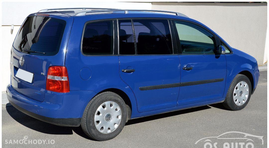 Volkswagen Touran 1.6 FSI / Zarejestrowany / 2