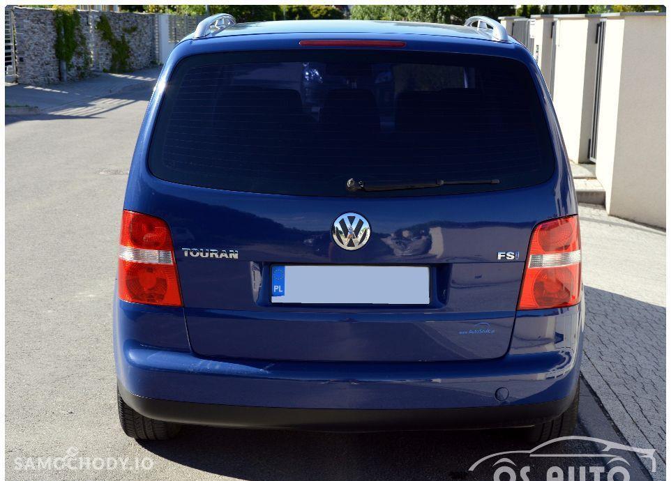 Volkswagen Touran 1.6 FSI / Zarejestrowany / 22