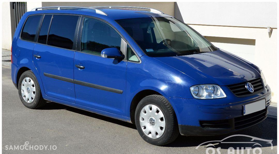 Volkswagen Touran 1.6 FSI / Zarejestrowany / 11