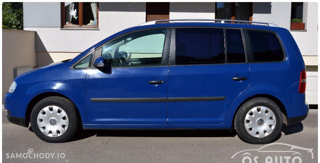 Volkswagen Touran 1.6 FSI / Zarejestrowany / 4