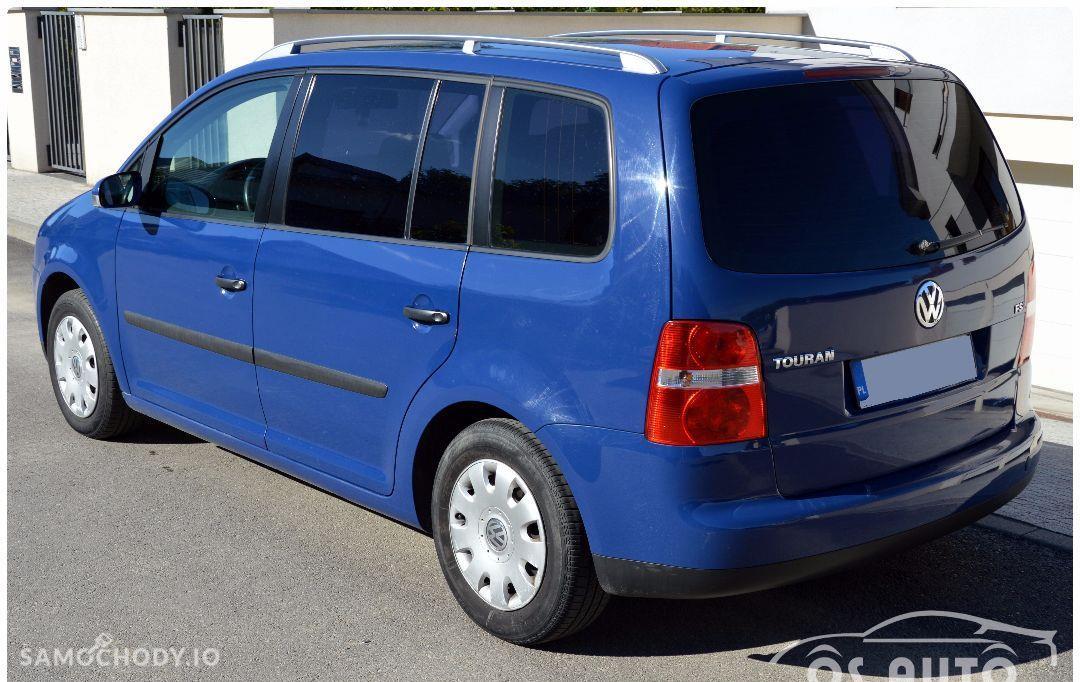 Volkswagen Touran 1.6 FSI / Zarejestrowany / 121