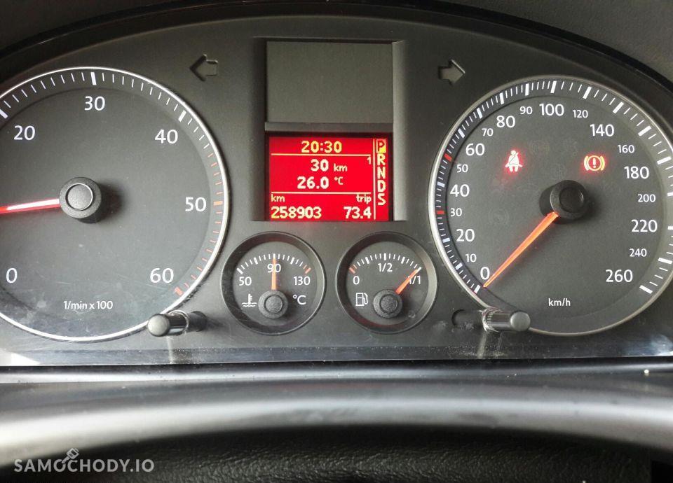 Volkswagen Touran Bezwypadkowy, Bixsenon , Klimatyzacja, Radio Dotykowe 22