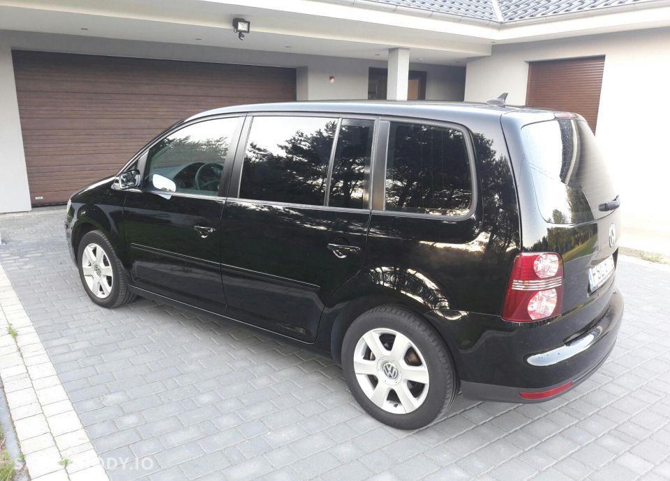 Volkswagen Touran Bezwypadkowy, Bixsenon , Klimatyzacja, Radio Dotykowe 4