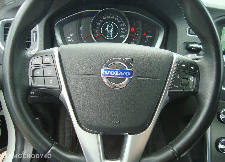Volvo V60 , S60 2.0 D4 (181KM) Navi Xenony Ledy Salon PL.Bezwypadkowy I wł F VAT 46